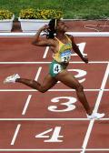 图文-[奥运]女子飞人百米大战 弗雷泽率先冲线夺冠