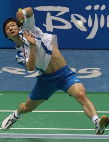 图文-奥运羽毛球精彩瞬间回顾 腰腹力量要很足