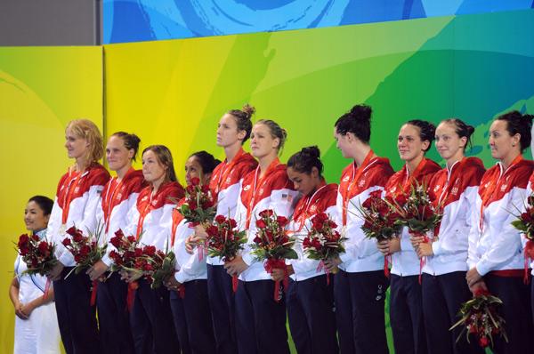 图文-[奥运]女子水球决赛 美国姑娘最终获得亚军