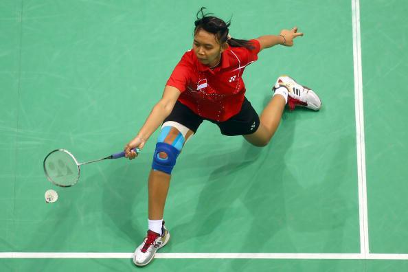 图文-羽球女单铜牌战卢兰告负 印尼选手跨步救球
