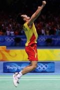 图文-奥运会羽毛球男单决赛 林丹夺冠激情四射