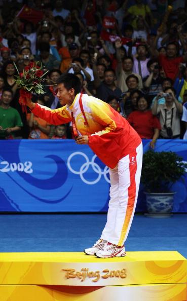 图文-奥运会羽毛球男单决赛 陈金感谢观众支持