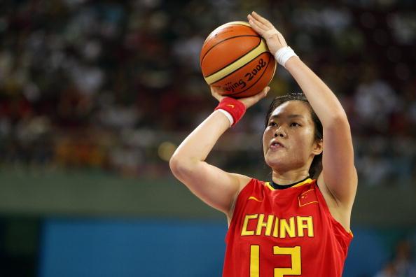 图文-中国女篮67-64西班牙 陈晓丽罚球很轻松