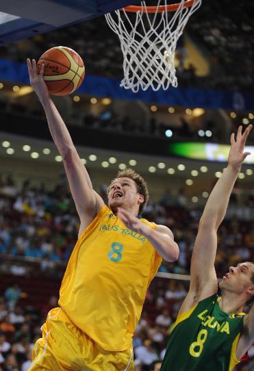 图文-[男篮]澳大利亚106-75立陶宛 谁能防住他