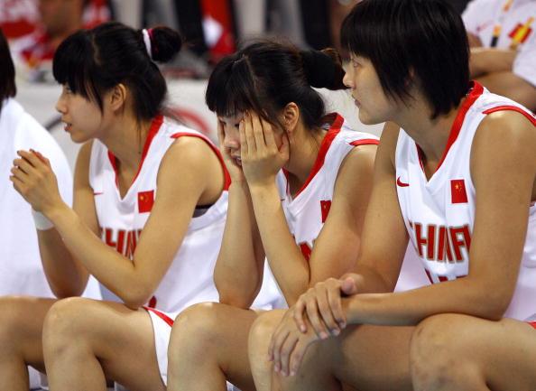 图文-女篮季军争夺中国不敌俄罗斯 中国队失落