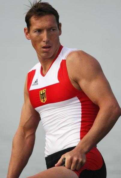 图文-奥运会皮划艇静水比赛拉开帷幕 身材很健美