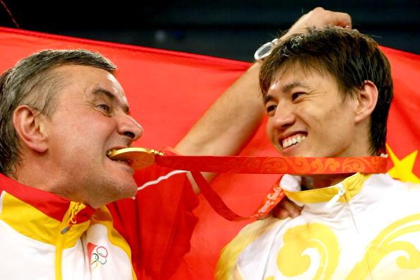图文-仲满获得男子佩剑个人冠军 历史将会记录此刻