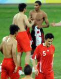 图文-中国0-2不敌比利时 没希望没失望