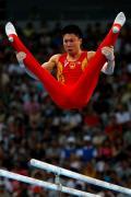 图文-奥运会男子体操资格赛开战 李小鹏实力惊人