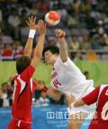 图文-[女子手球]中国23-30挪威 14号出手瞬间