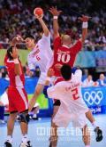 图文-[男手]中国22-33负克罗地亚 严密的防守动作
