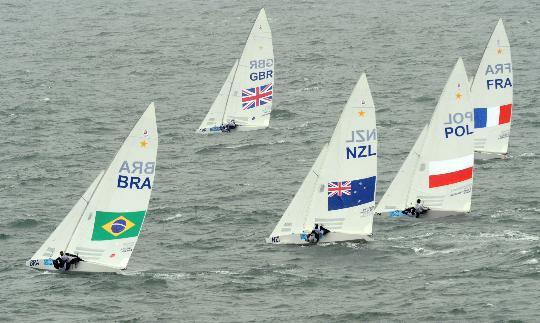 图文-帆船男子龙骨艇星级英国夺金 与大海搏斗