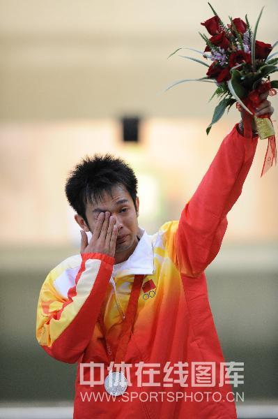朱启南遗憾泪水夺眶而出 感叹难抛开卫冕冠军压力