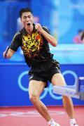 图文-男乒团体预赛中国胜澳大利亚 王励勤庆祝得分