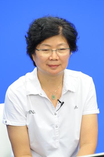 图文-杨玛�P张萍做客新浪聊天 杨玛�P做客新浪