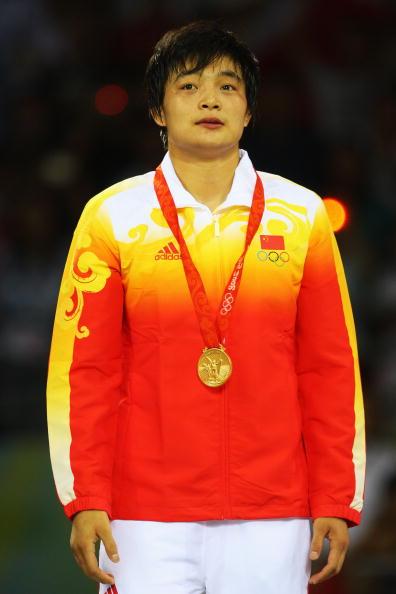 图文-女子72公斤级自由式摔跤 国旗为王娇而升起