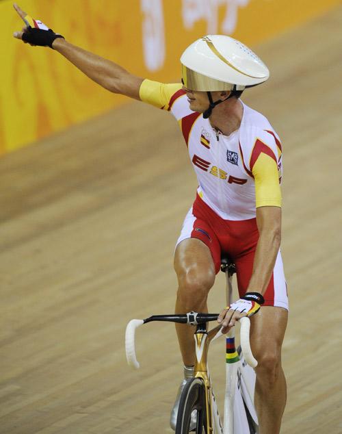 图文-[奥运]场地自行车男子记分赛 利亚内拉斯夺金