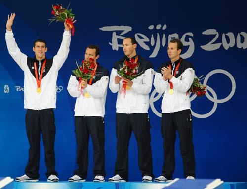 Relais 4x100 m 4 nages (H) : Phelps dé-Spitze