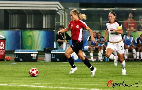 图文-[奥运会]挪威女足VS美国 挪威女足先进两球