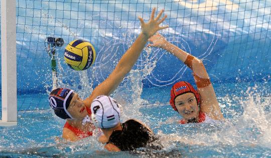 11日女子水球赛况