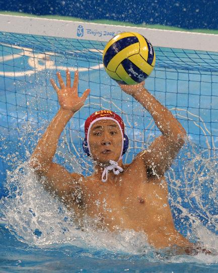 男子水球预赛中国不敌德国