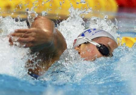 图文-女子200米自由泳决赛 佩莱格里尼水中换气