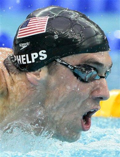 图文-菲尔普斯夺得200米蝶泳冠军 气势锐不可当