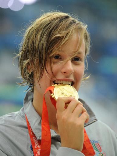 图文-女子200米自由泳决赛 感受金牌带来的喜悦