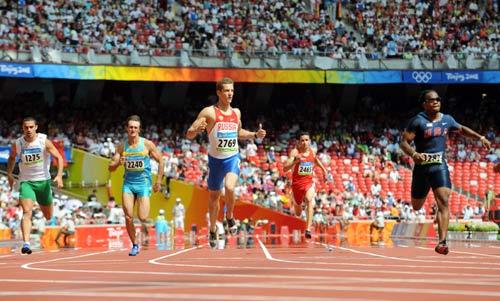 图文-奥运会男子200米预赛 预赛也要拼