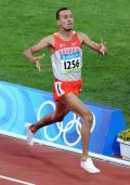 图文-男子1500米巴林选手夺冠 拉姆冲向终点