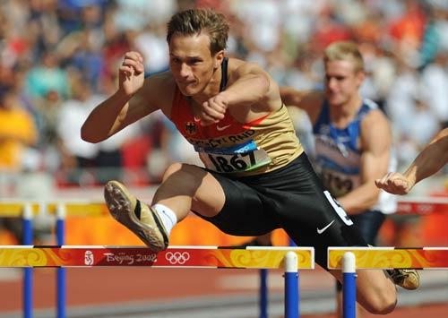 图文-奥运会男子十项全能 德国选手在比赛中
