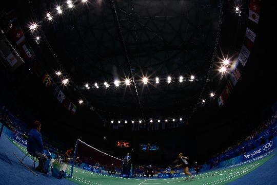 图文-羽毛球比赛开赛