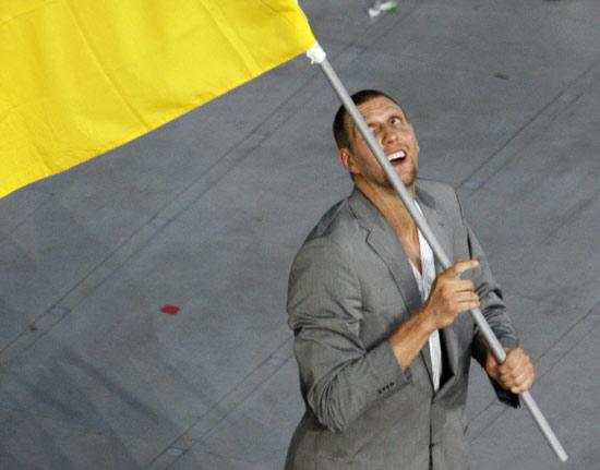 图文-[开幕式]德国代表团入场 诺维茨基仰望旗帜
