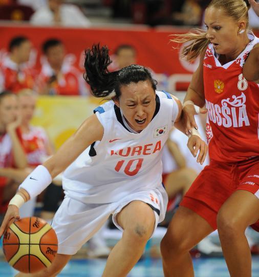 11日女篮小组赛赛况