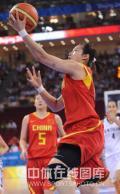 图文-[奥运]中国女篮VS新西兰 低手上篮再拿两分