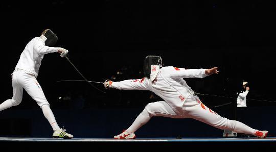 图文-男子重剑个人淘汰赛赛况 王磊无缘下一轮