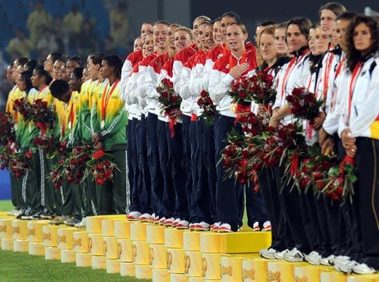 图文-女足决赛美国1-0巴西 金银铜牌获得者