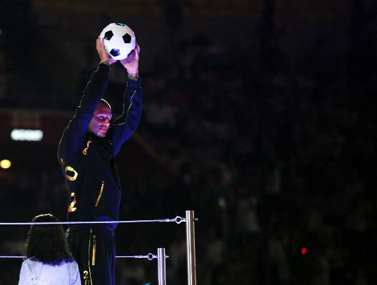 图文-北京奥运会闭幕式 大卫-贝克汉姆亮相