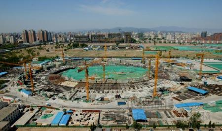 2005年大事记:混凝土主体结构比预期提前封顶