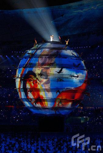 图文-北京奥运会隆重开幕 刘欢和莎拉布莱曼倾情献唱
