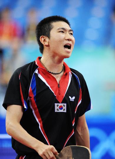 图文-奥运会乒乓球男单柳承敏出局 这一分打丢了