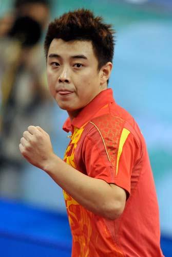图文-奥运会乒乓球男单第三轮 王浩为自己打气