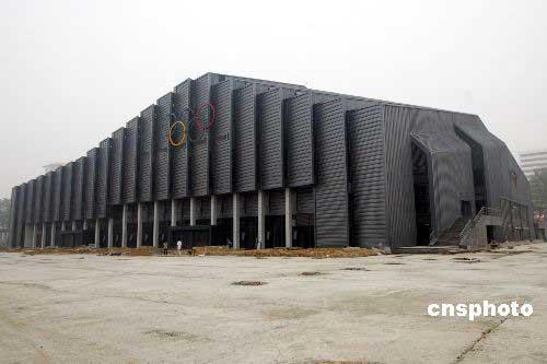 图文-奥运会摔跤体育馆农大收尾 建筑颇具异域风格