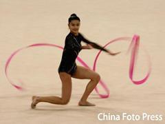 艺术体操女将尤苏波娃