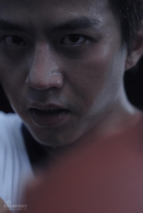 图文-24位电影明星化身体育健儿 邓超