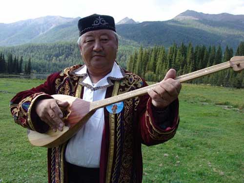 图文-祝福北京哈萨克族使者评选 祝福物冬不拉