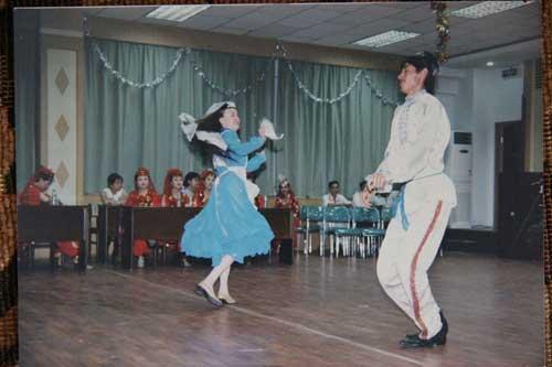 图文-祝福北京塔塔尔族使者评选 民族舞蹈风情