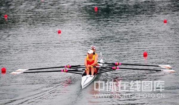 女子轻量级双人双桨