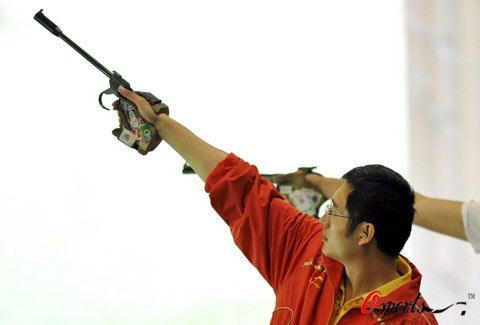 图文-08奥运会射击比赛集锦 突破自己的谭宗亮