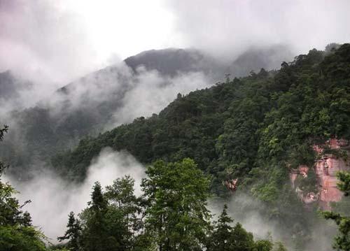 重庆名山:川东小峨嵋缙云山 四面山望乡台瀑布